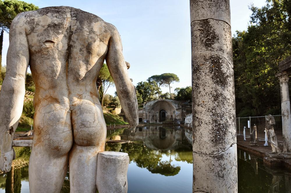 statue-villa-adriana-tivoli-2